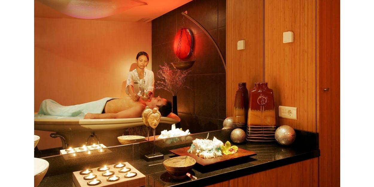 Richmond Nua Wellness Spa